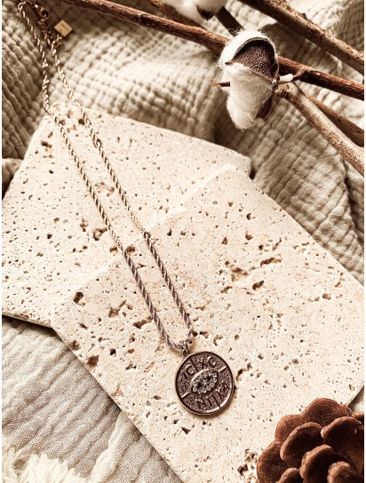 Collier Astra